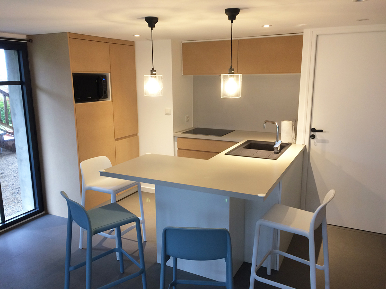 cuisine habillage coffrage lvmenuiserie dinard. Black Bedroom Furniture Sets. Home Design Ideas